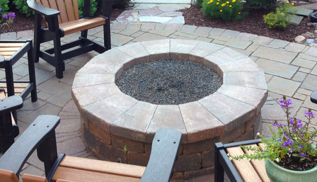 Fire pit in Wheaton, IL built by CMS Landscapes